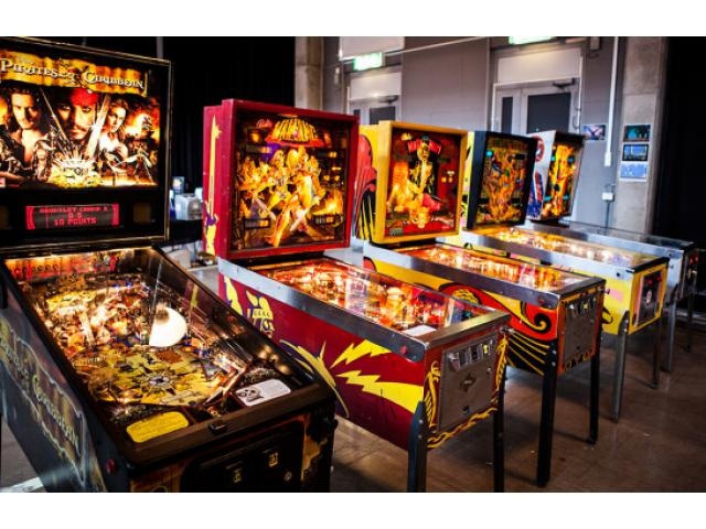 pinball machine for sale