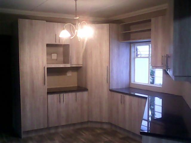 Home renovations kitchen cupboards built in cupboards for Kitchens pretoria
