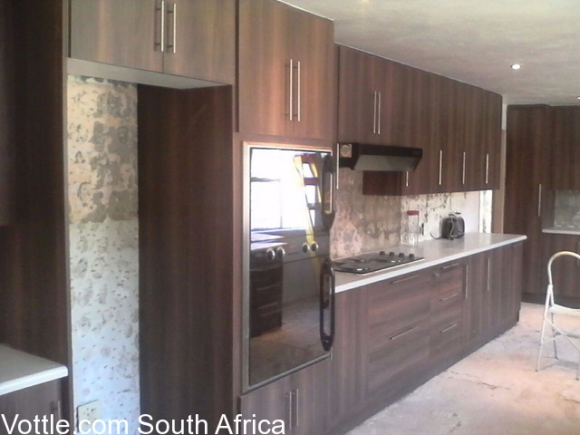 Kitchen fitters sandton free classifieds for Kitchen unit designs south africa