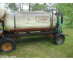 Trailer with water tank
