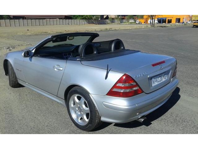 mercedes slk 200 kompressor convertible 2002 model silver bloemfontein free. Black Bedroom Furniture Sets. Home Design Ideas